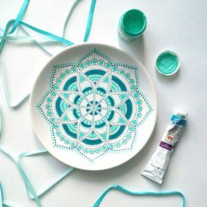 точечная роспись, тарелка