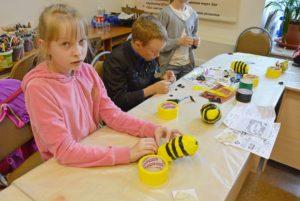 летняя музейная академия, пчела, скотч