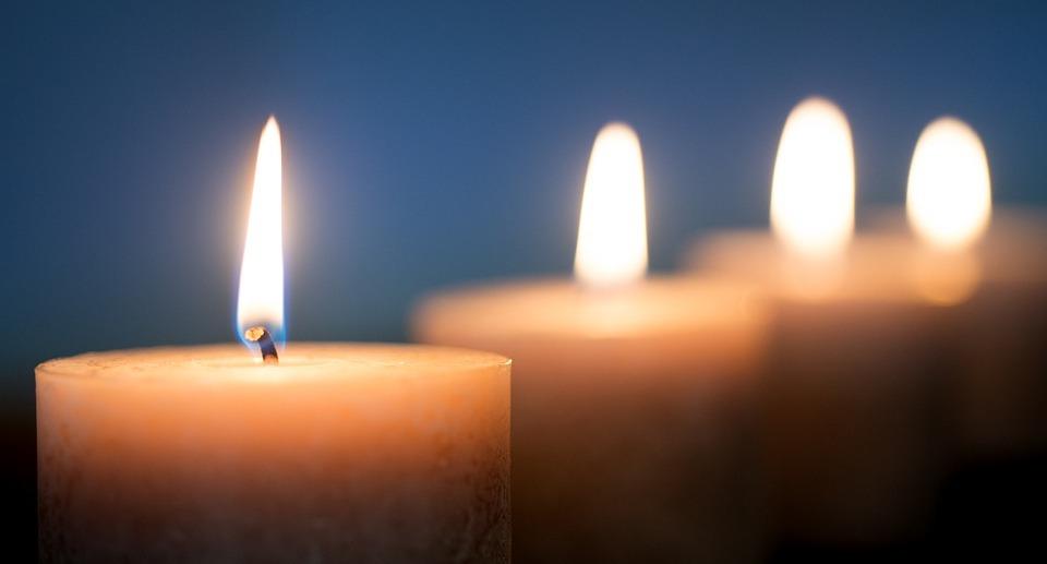 свечи, память, горизонт