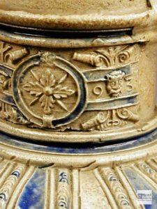 Ян Еменс Менникен. Кувшин с металлической крышкой. 1593 г. Германия